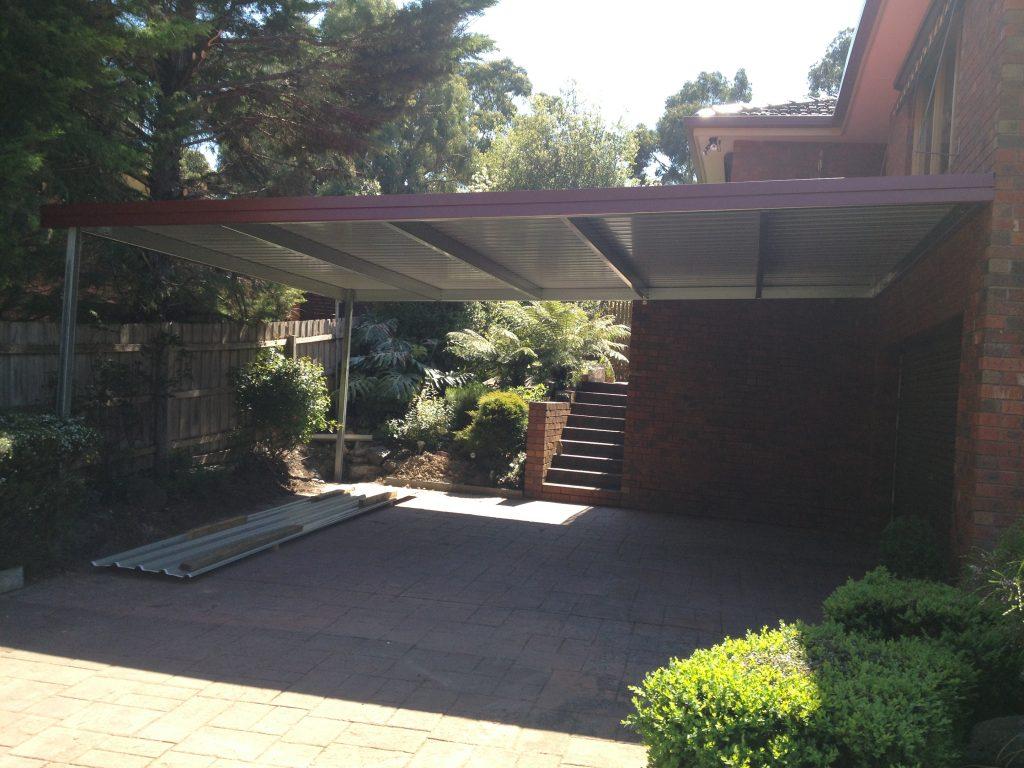 Awning style carport