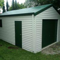 Pavone garage