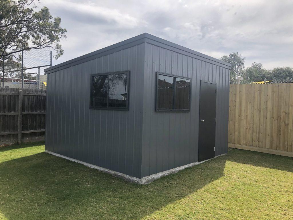 Wilton-1 garage