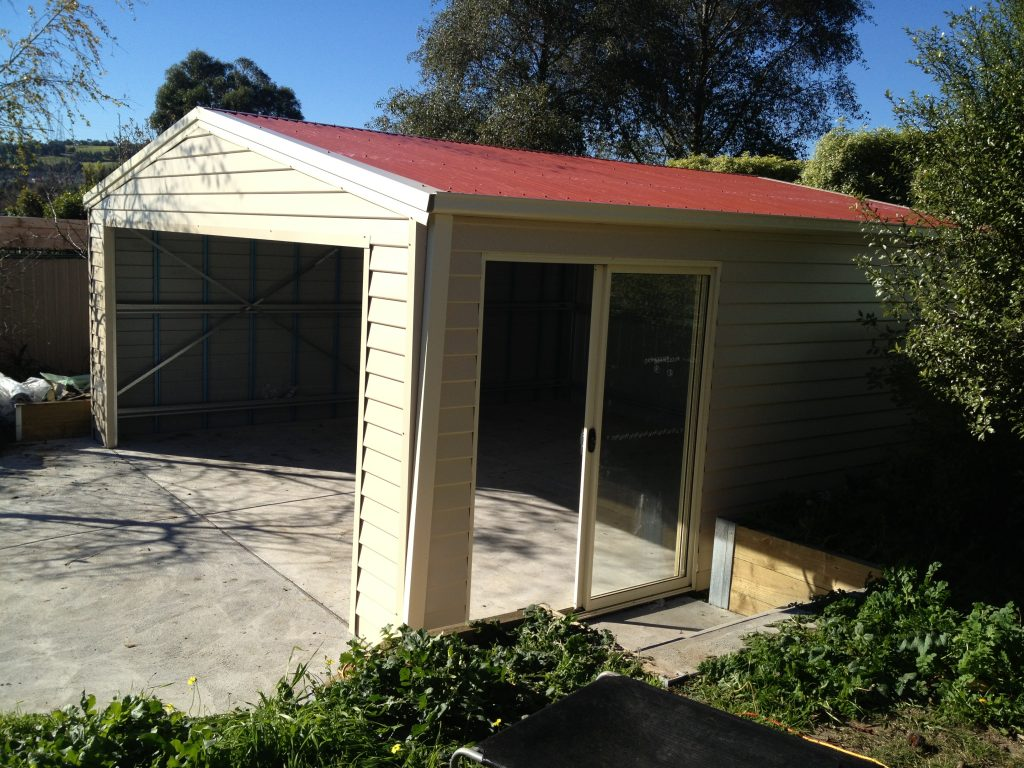 standard shed with wboard